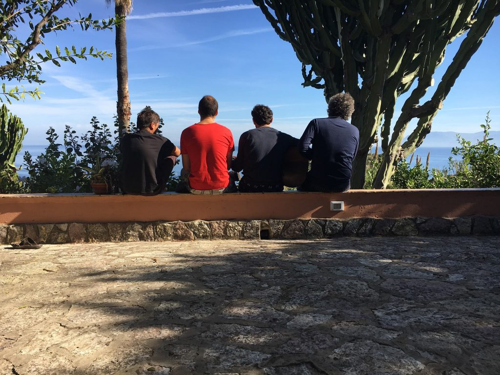 TRE TERZI BAND FROM THE BACK
